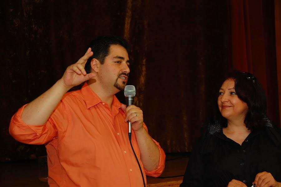 Photo-5-hosts-Sasha-Zusin-and-Eva-Goldstein